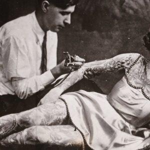 Fascinating Vintage Photos of Tattooed Women
